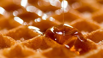 """FDA Reconsidering Maple Syrup and Honey as """"Added Sugars"""""""
